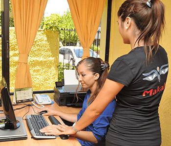 Ergonomía de oficinas y prevención de enfermedades psicofísicas: la seguridad como competencia laboral