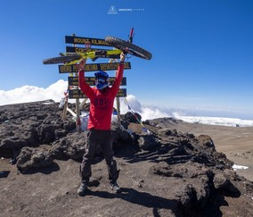 Ascensión del Kilimanjaro en Bicicleta